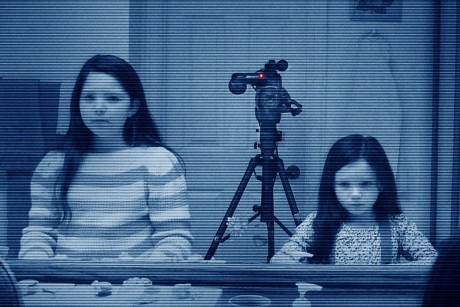 FOTO: Paranormal Activity 3, from Paramount Pictures.