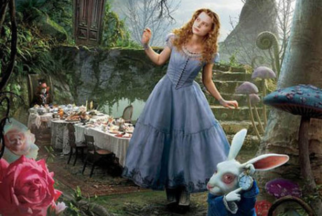 FOTO:alice-in-wonderland