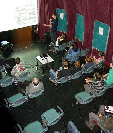 FOTO: Přednáška na FanCity 2011