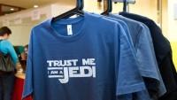 FOTO: Tričko s nápisem Trust me, I am a Jedi