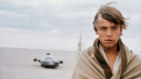 FOTO: Naváže Luke Skywalker na poustevnictví Obi-Wana? Zdroj: 20th Century Fox