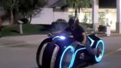 OBR.: Motorka Tron