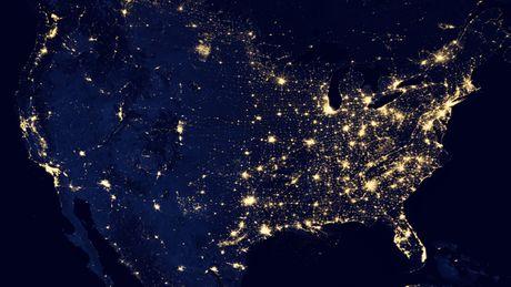 FOTO: Pohled na zářící planetu Země