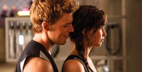 FOTO: Ústřední dvojice v druhém dílu trilogie Hunger Games. Zdroj: distributor filmu