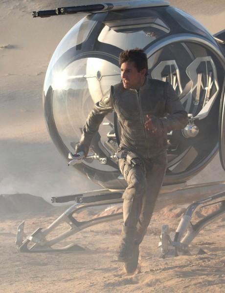 Tom Cruise v hlavní roli sci-fi dobrodružství Oblivion Zdroj: Universal Pictures