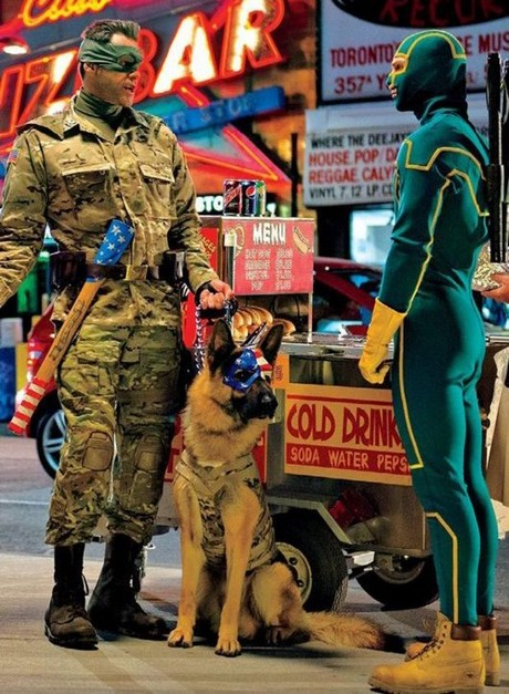 Jim Carrey jako Colonel Stars and StripesZdroj: Universal