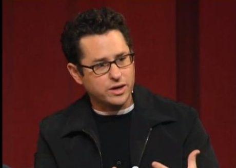 JJ Abrams byl jednou z nejdůležitějších osobností  summitu DICE. Zdroj: youtube.com