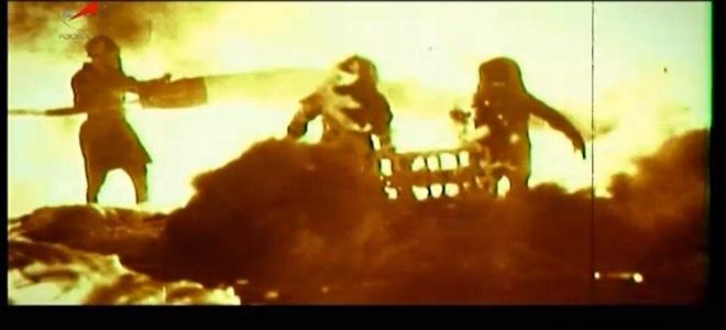 FOTO: Hasiči likvidují požár rakety R-16 na Bajkonuru