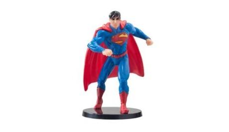 Superman je jeden z nejoblíběnějších hrdinů ze světa DC komiksů. Zdroj: reprofoto amazon.com