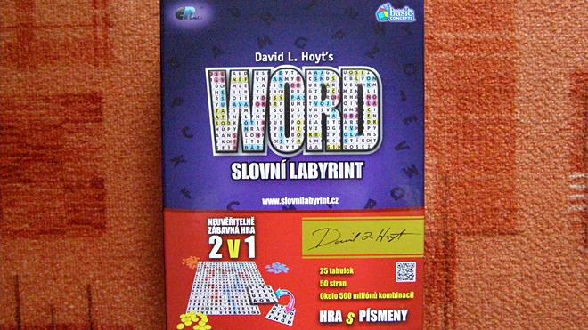 Skladný obal hry Word - Slovní labyrint, Foto: Petra Vlková, Fanzine.cz