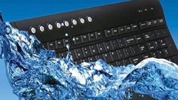 FOTO: Squeaky-Clean-Washable-Wireless-Keyboard