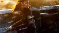 Star-trek-into-Darkness-Uhura-Perex