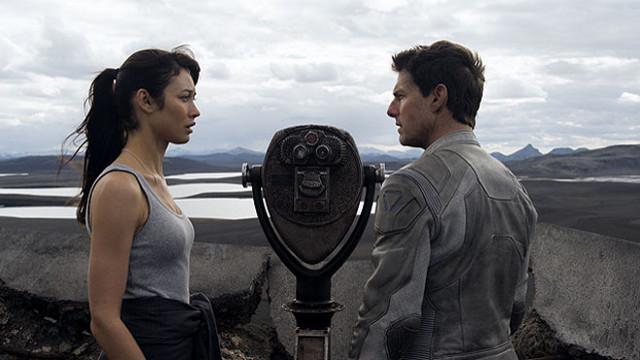 FOTO: Nevědomí - Olga Kurylenko a Tom Cruise