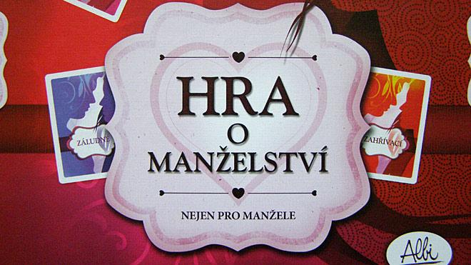 Název hry na obalu jak jinak, než ve stylovém provedení, Foto: Petra Vlková, Fanzine.cz