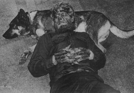 Vlčí muž z film Wolf man. Zdroj: cinemablend.com