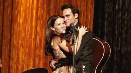 FOTO: Reese Witherspoone a Joaquin Phoenix ve filmu Walk The Line