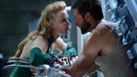 FOTO: Světlana Chodčenkova a Hugh Jackman ve filmu Wolverine