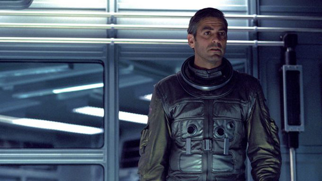 FOTO: Gravitace - George Clooney (2) - Warner Bros.