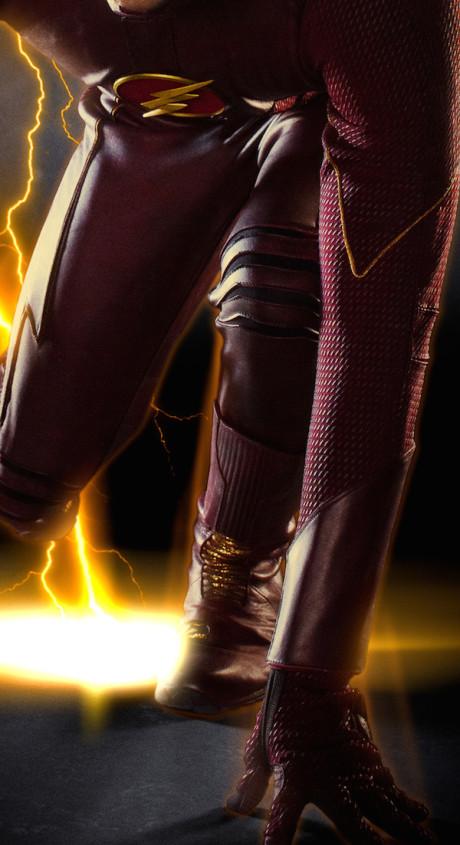 Bližší pohled na Flashův kostým. Líbí se vám? Zdroj: CW