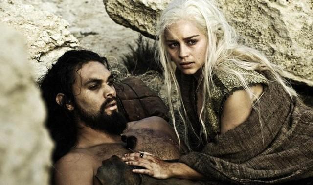 FOTO: Hra o trůny - Jason Momoa a Emilia Clarke - HBO