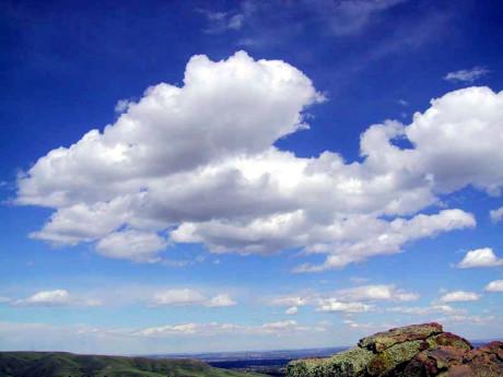 V budoucnosti může obloha zářit blankytem i blesky a ohněm smrtícího éteru. Zdroj: wikipedia.org.
