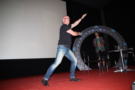Gary Jones pózuje na Festivalu fantazie. Zdroj: Festival fantazie Roman Kresta