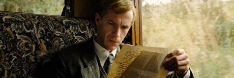 James Darcy ve snímku Atlas mraků. Zdroj: Warner Bros. Pictures