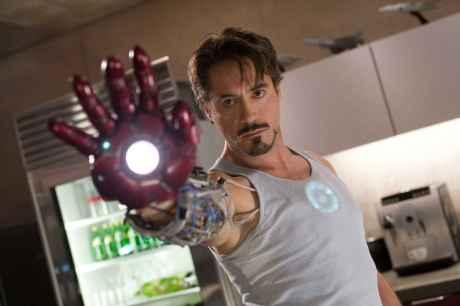 Robert Downey Jr. jako Tony Stark v prvním Iron Manovi. Zdroj: Paramount Pictures