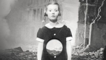 OBR: Dívka s dírou v břiše