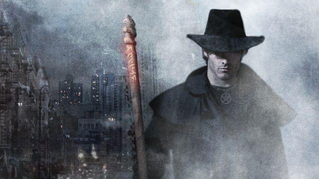Harry Dresden si i v knize Bílá noc musí dávat pozor, aby přežil. Zdroj: výřez knižní obálky.